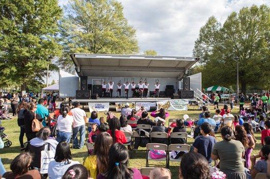 Baile Folklórico del Centro Sagrado Corazón at the 2014 Imagine Festival.