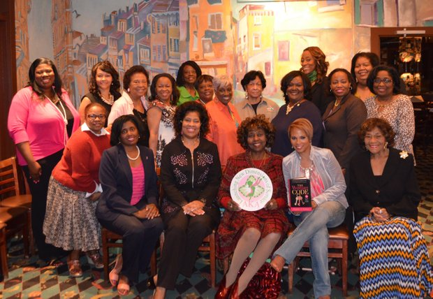 Alpha Kappa Omega Chapter of Alpha Kappa Alpha Sorority, Inc. held a special reception for Sophia Nelson during her stop in Houston on her book tour.