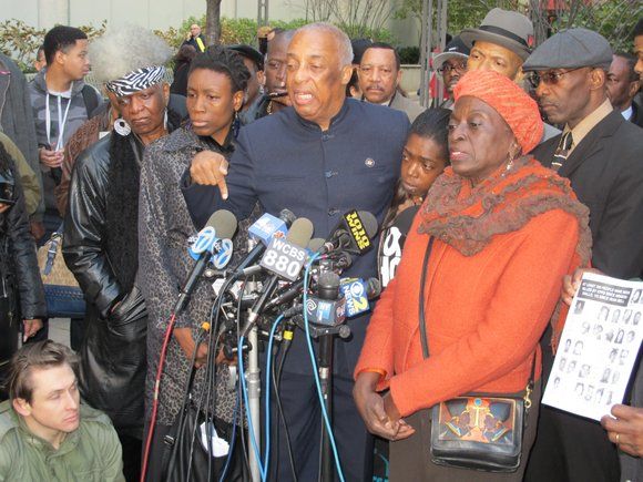 Assemblyman-elect Charles Barron, Councilwoman Inez Barron and Operation POWER are demanding Brooklyn District Attorney Ken Thompson hold a public preliminary ...