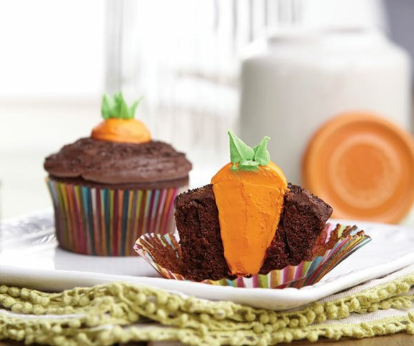 Transform an ordinary cupcake into something extraordinary with a peek-a-boo filling. These simple cupcakes are an easy addition to any ...