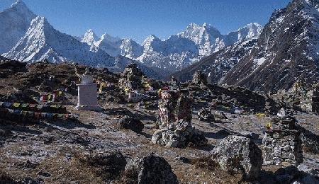 That's why an experienced climbing group from the Indian army plans to trek up the 8,850-meter mountain to pick up ...