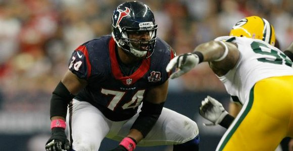 Dallas native, NFL veteran and Pro Bowler, Wade Smith, will celebrate his birthday with The Wade Smith Foundation (WSF) through ...