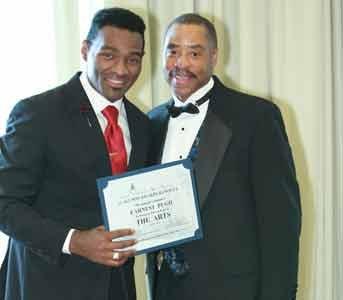 The Howard University School of Divinity Alumni Association honored Gospel Star Earnest Pugh (best known for the #1 gospel radio ...