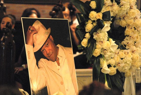 A capacity crowd of 600 filled St. Philip's Episcopal Church Monday afternoon for hours to memorialize Harlem resident and famed ...