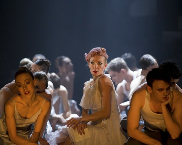 Eve Mutso and Company Dancers
