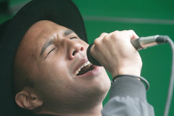 Spread the word: American Idol heartthrob Rayvon Owen is coming to Richmond this weekend.