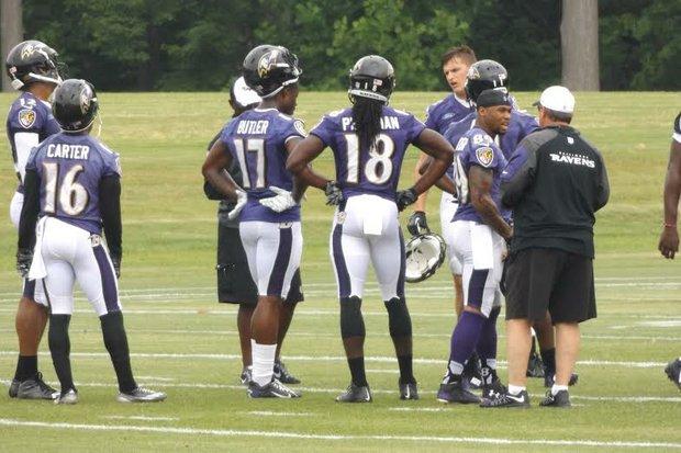 Ravens wide receivers DeAndre Carter (16), Steve Smith Sr. (89) Jeremy Butler Torrey Smith get ready for practice