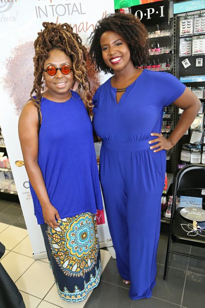 Hosted by Blogger Strawberricurls (R), the Meet & Greet gave fans the chance to show love to both New Orleans natives
