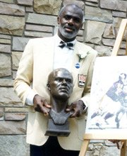 When Minnesota sports fans list the best athletes they have been fortunate to applaud as their own, Alan Page, Tony ...