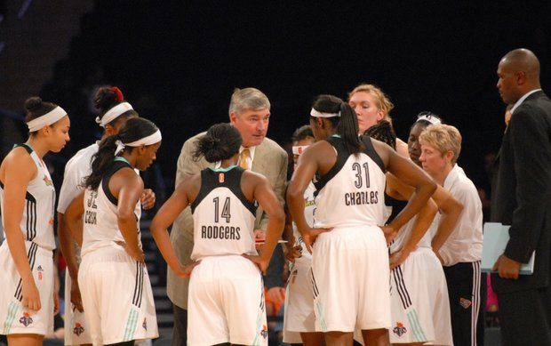 Bill Laimbeer and Herb Williams with the team.