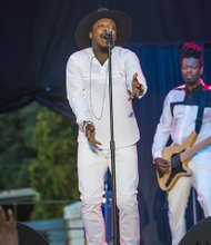Richmond Jazz Festival brings the music to Maymont-Crooner Anthony Hamilton of Charlotte, N.C., delivers an impassioned performance