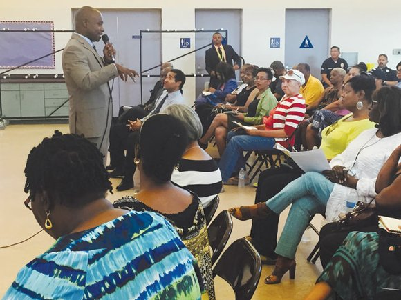 Community Coalition President and CEO Alberto Retana introduced City Council Member Marqueece Harris-Dawson to a group of nearly 100 Council ...