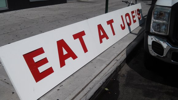 The city's first Joe's Crab Shack location closes its doors in Harlem.