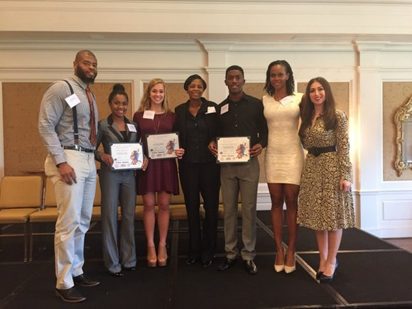 A big WSF congratulations to our 2015-2016 Smitty's Scholars scholarship recipients!