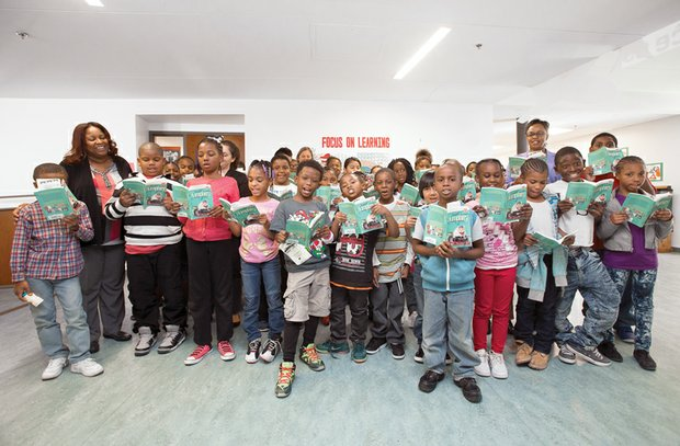 One School, One Book //