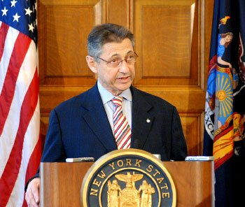 A jury convicted former New York Assembly Speaker Sheldon Silver of public corruption charges Friday, dashing the 74-year-old Democrat's second ...