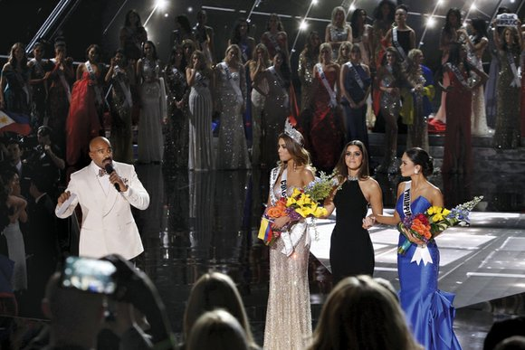 The Miss Universe pageant was going great until the host, popular comedian Steve Harvey, made a big mistake. He already ...