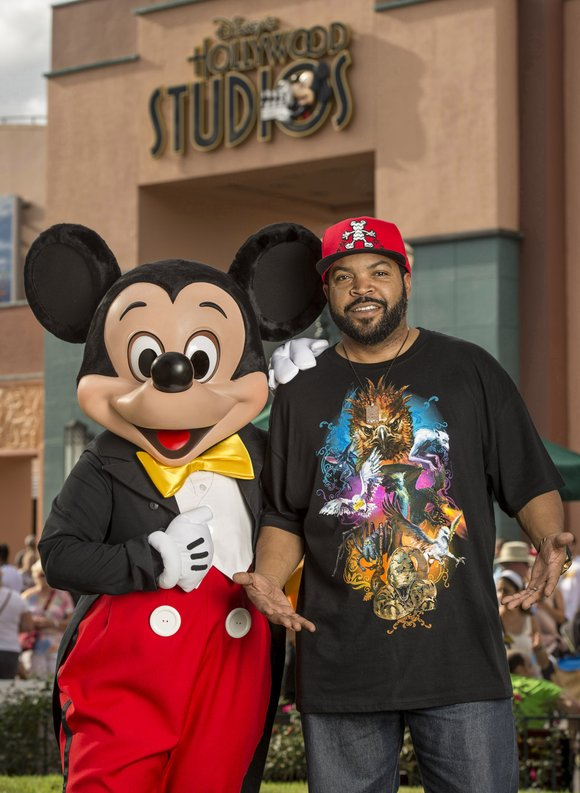 Rapper/actor Ice Cube vacations at Walt Disney World