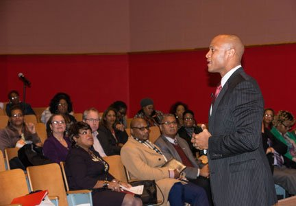 White House Fellow, Army veteran, best-selling author and social entrepreneur Wes Moore gave a rousing talk at Baltimore City Community ...