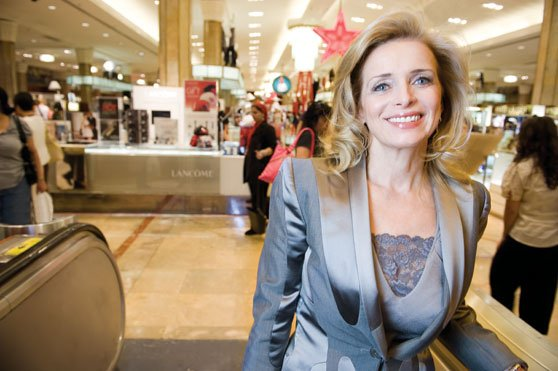 Martine Reardon, Macy's chief marketing officer, has decided to leave the company, effective May 13, after 32 years of service.