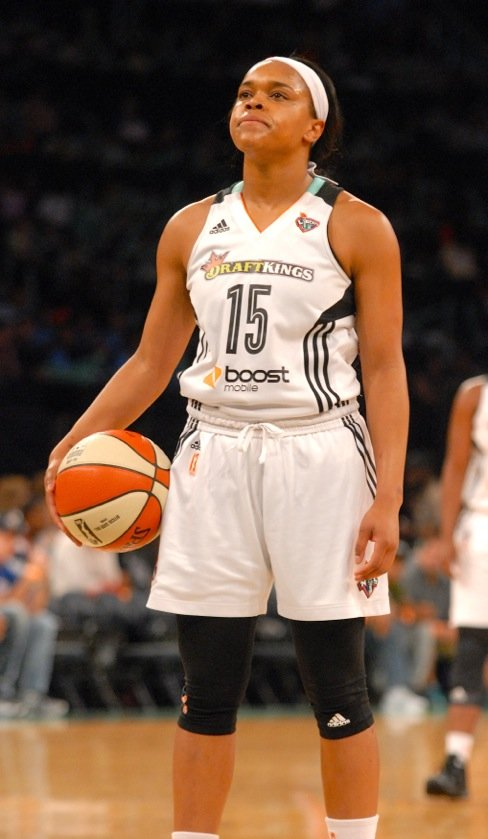 Despite being three players short because of injuries, the New York Liberty scored a huge 92-70 win over the Phoenix ...