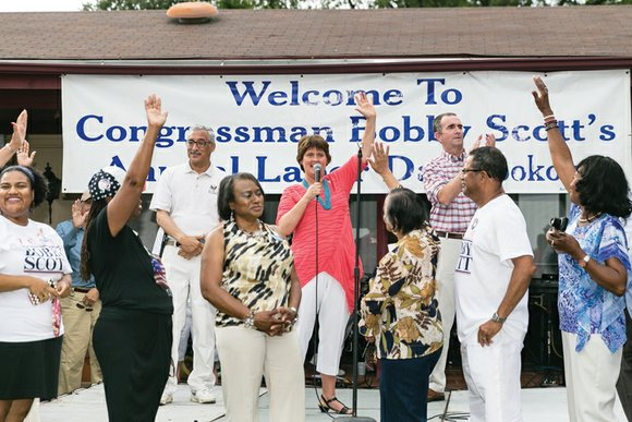 More than 1,000 people enjoyed hot dogs, hamburgers and politics Monday at the 40th Annual Labor Day Cookout hosted by ...