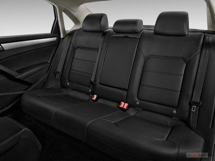 the backseat of the 2016 Volkswagen Passat 1.8 SE