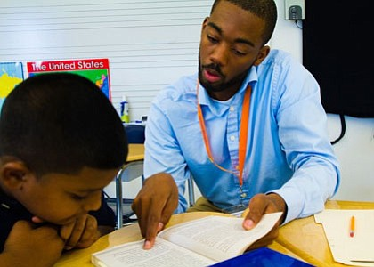 Reading Partners, the nonprofit national early literacy organization that relies on the support of community volunteers to provide one-on-one tutoring ...