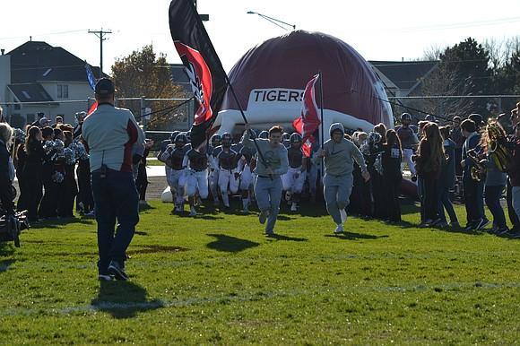 The Plainfield North football team beat Rockford Auburn in the quarterfinal round of the IHSA Class 7A playoffs 30-7.