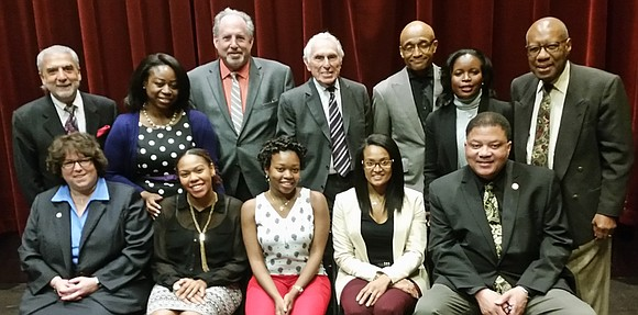 Touro College of Osteopathic Medicine, in conjunction with the TouroCOM-Harlem Community Advisory Board, has awarded the first round of grants ...