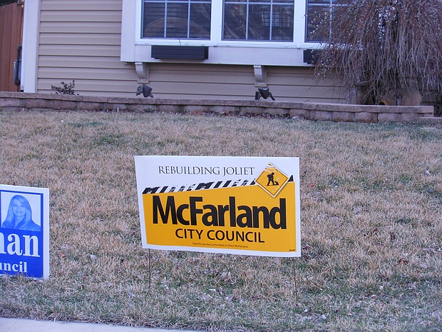Joliet residents should follow the local ordinance that governs the proper displaying of political signs.
