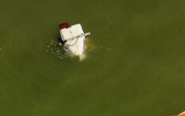 A Helicopter With Three People On Board Crashed Offs Near Jamaica Beach In Galveston Monday