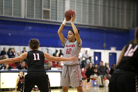 With a 19–3 record and a Division II national ranking of 21, Queens College women's basketball is going strong.