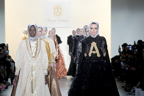 With beautiful models wearing her dramatic, wearable statement pieces, Anniesa Hasibuan presented a dazzling collection at New York Fashion Week.