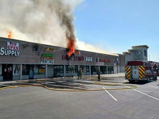 Firefighters Respond To 3 Alarm Fire At Big Daddy S Bbq On