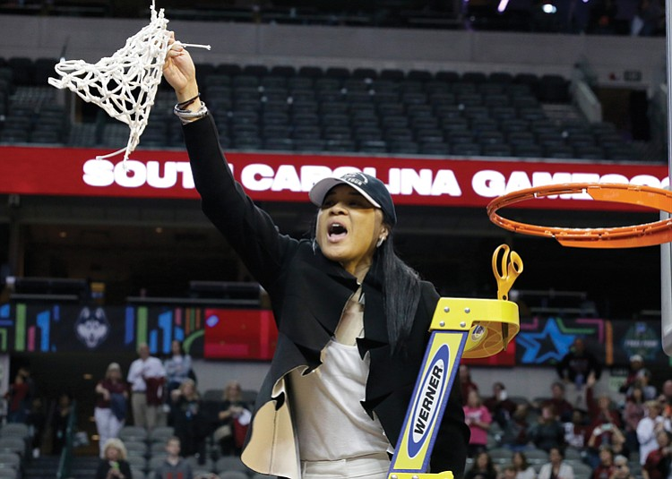 Former U Va Standout Player Dawn Staley Coaches South Carolina Women To Ncaa Victory Richmond Free Press Serving The African American Community In Richmond Va