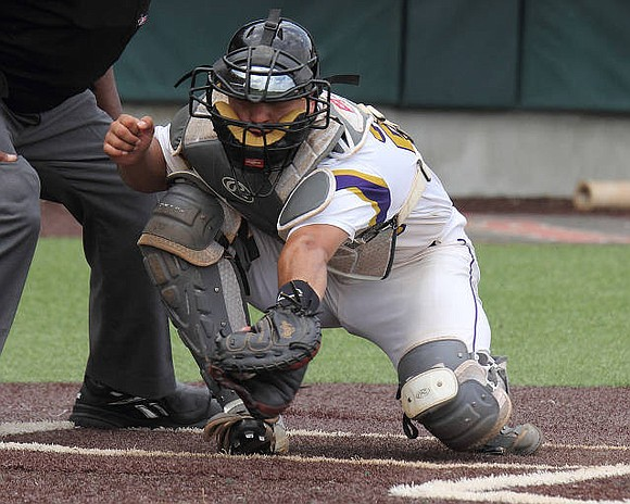 Prairie View struggled in a 17-4 loss to Incarnate Word on Tuesday.