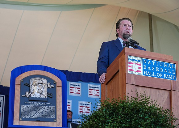 On January 18, the National Baseball Hall of Fame and Museum officially announced that former Astros All-Star first baseman Jeff ...