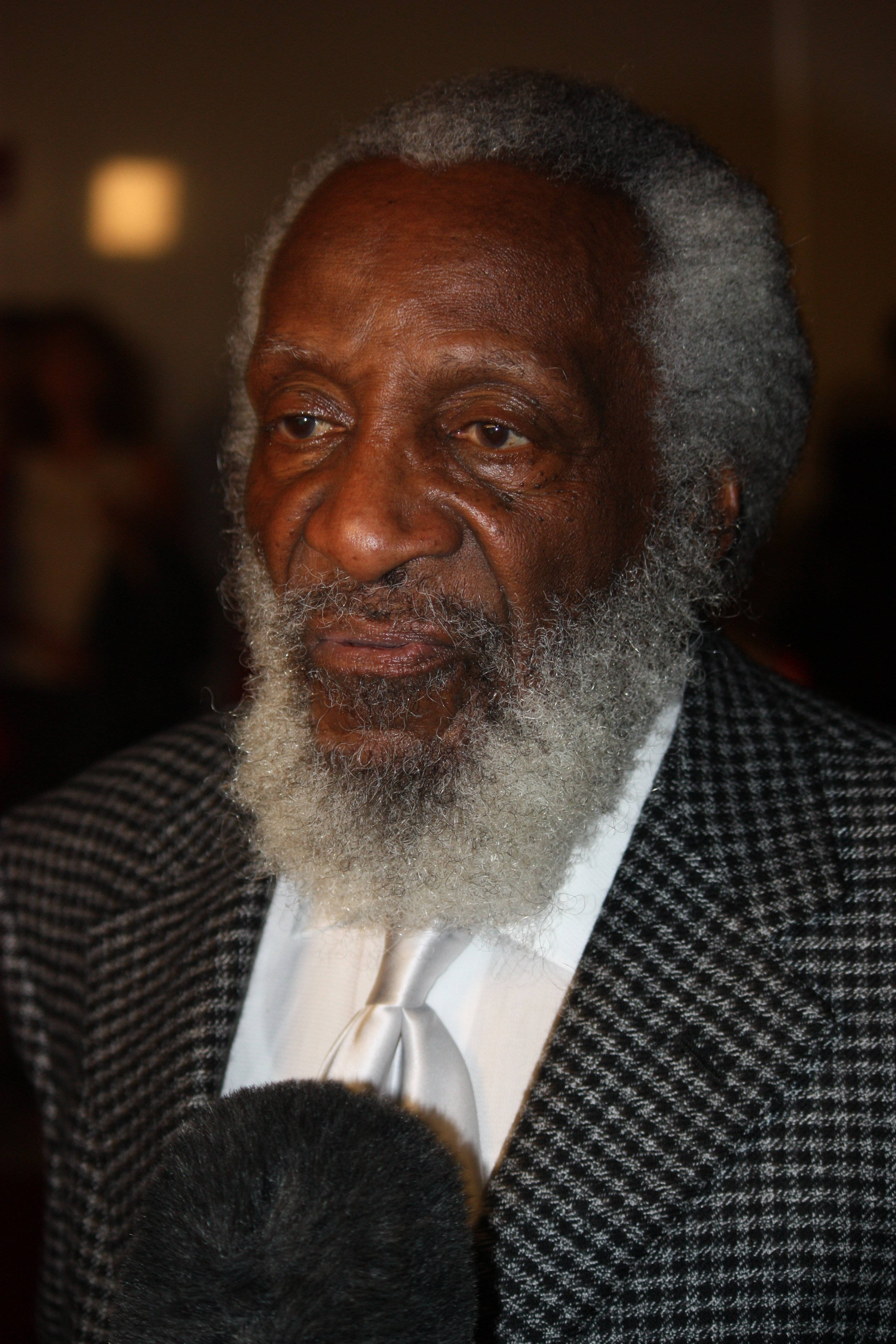Dick Gregory - Comedian, Quotes & Death - Biography