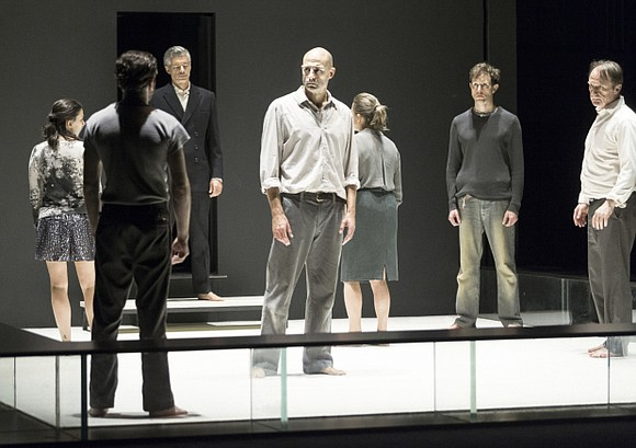 Goodman Theatre of Chicago opened its 2017 season with the Arthur Miller classic, A View From The Bridge.