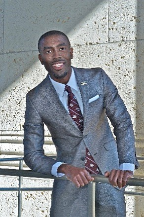 Anthony Collier has been announced as a recipient of the Executive Leadership Council's (ELC) 2017 Alvaro L. Martins Scholarship. Collier, ...