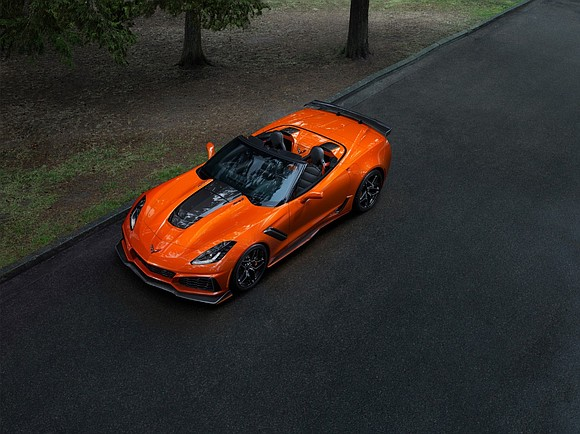 Chevrolet today dropped the top on the 2019 Corvette ZR1 with the global introduction of the ZR1 convertible, the first ...