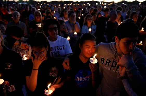 As families prepared on Friday to bury victims of another U.S. mass shooting, grief mixed with anger amid signs of ...