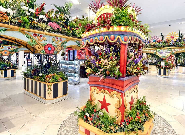 Macys Flower Show 2020.Macy S Annual Spring Flower Show Opens March 25 New York