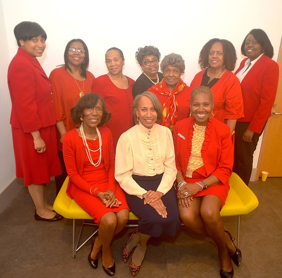 """National Association of Negro Business and Professional Women's Clubs recently hosted their """"Visionaries"""" event for WOmen's History Month."""