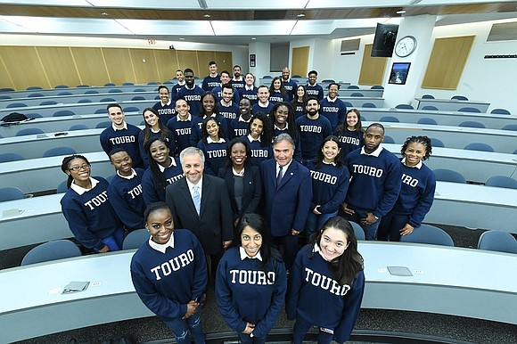 Touro College of Osteopathic Medicine announced that in this new semester they welcomed the Class of 2022 with a record-breaking ...