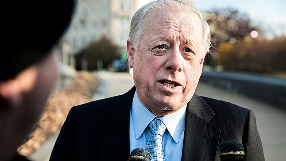 Democratic Senate hopeful Phil Bredesen is going all out to highlight his pledge to break with his own party as ...