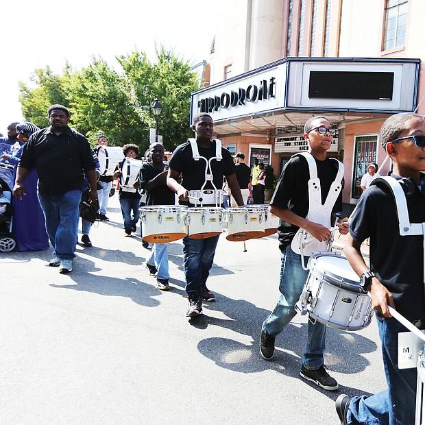 The L. Douglas Wilder Middle School Drumline at the 2nd Street Festival. (Regina H. Boone/Richmond Free Press)