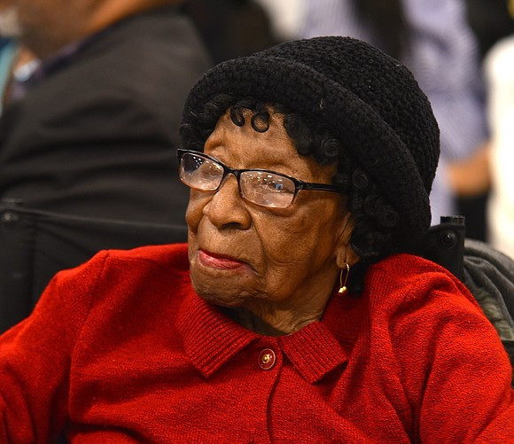 At age 113, Harlem resident Alelia Murphy was recently honored at Congressman Adriano Espaillat's Women's History Month celebration at the ...