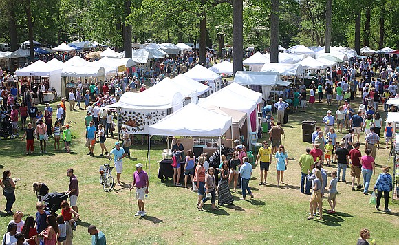 "Richmond's 48th Annual ""Arts in the Park"" arts and craft show will be held next weekend at the Carillon in ..."